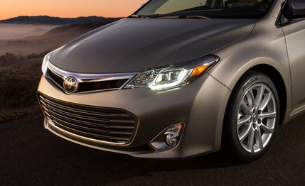 2014 Toyota Avalon front grill