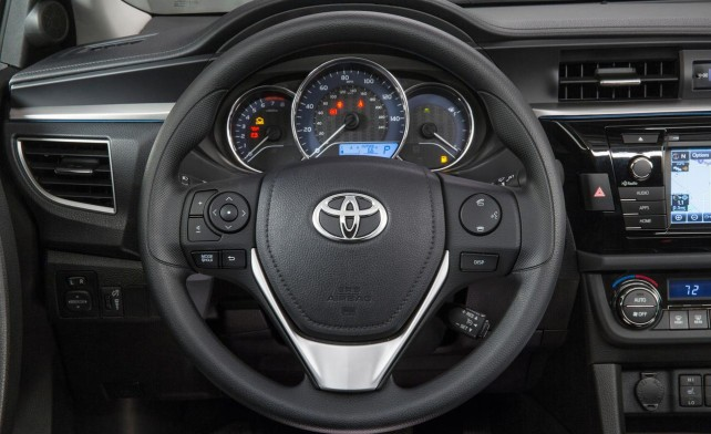 2014 Toyota Corolla vs 2014 Dodge Dart steering wheel of Corolla