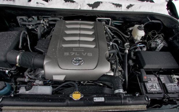 2014 Toyota Sequoia SUV engine