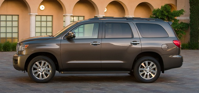 2014 Toyota Sequoia SUV side