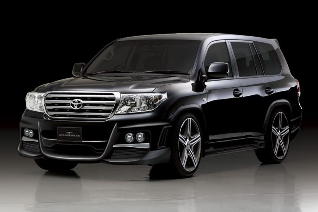 2015 Land Cruiser V8 main