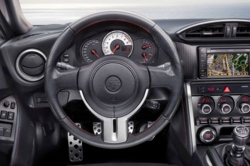 2015 Toyota GT 86 Coupe steering wheel