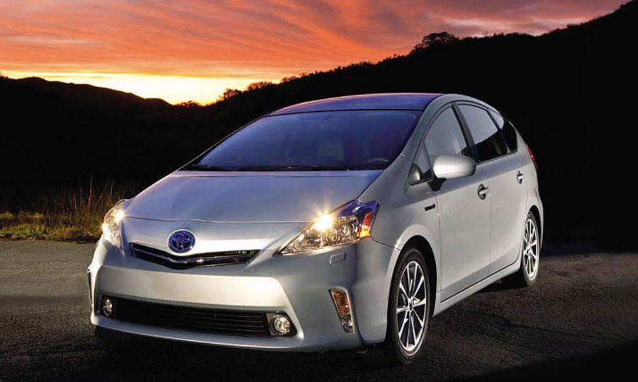 2015 toyota prius hybrid specs and price. Black Bedroom Furniture Sets. Home Design Ideas