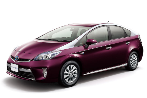 2015 toyota prius plus hybrid engine and price. Black Bedroom Furniture Sets. Home Design Ideas
