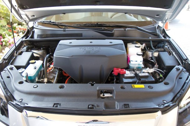 2014 Toyota RAV4 2.2 D-CAT engine