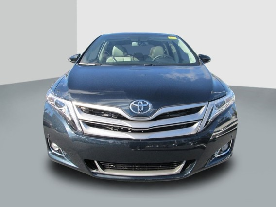 2014 Toyota Venza Limited V6 front grill