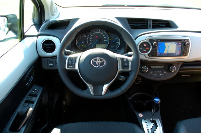 2015 toyota yaris hybrid price and release date for Interieur yaris 2015