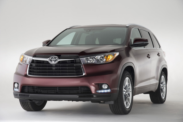 2015 Toyota Kluger front grill