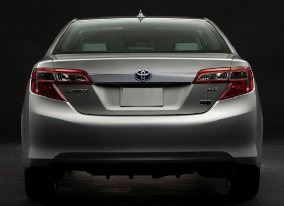 Toyota Camry 2016 Picture of the rear