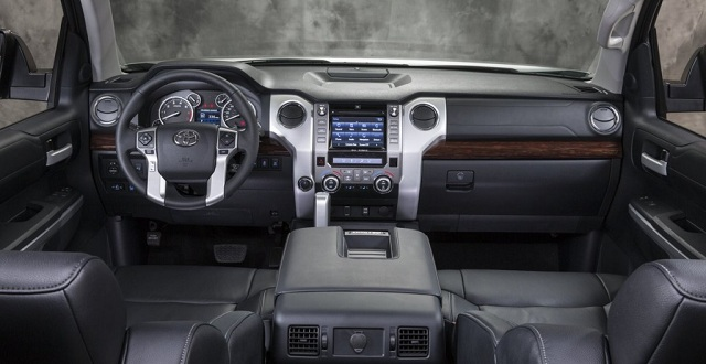 2015 GMC Canyon VS 2015 Toyota Tacoma tacoma inside