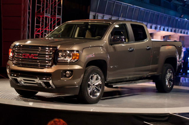 2015 GMC Canyon VS 2015 Toyota Tacoma