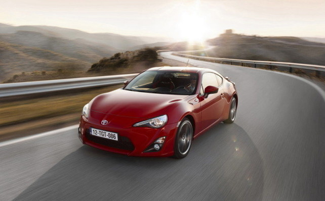 2013 Toyota GT 86 red banned commercial