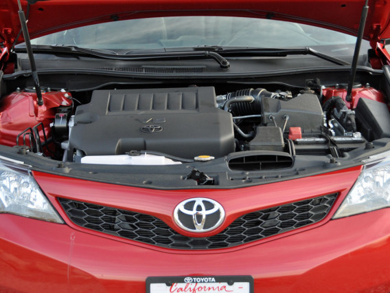 2014 Toyota Camry Se engin