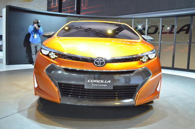 2014 Toyota Furia front grill