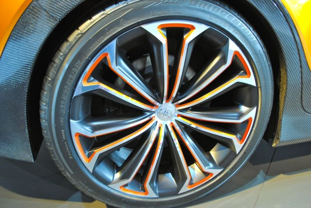 2014 Toyota Furia wheel