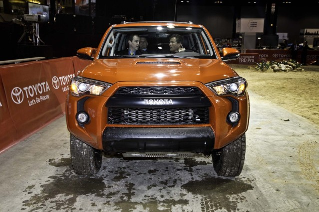 2015 Toyota 4Runner TRD Pro front grill