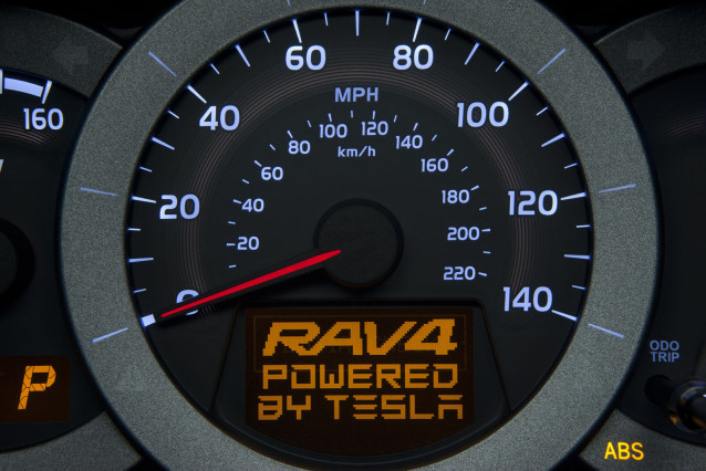 2016 Toyota RAV4 Electric central chloster