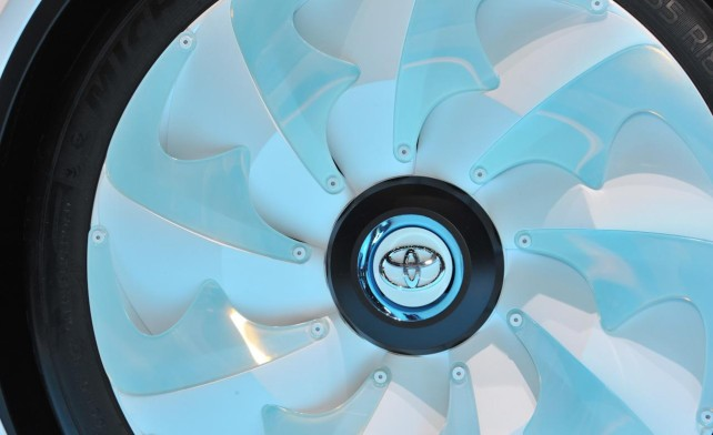 2015 Toyota FT-Bh Hybrid wheel