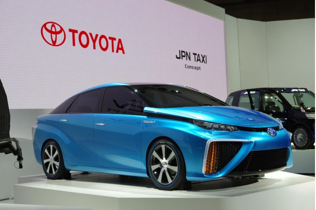 Toyota Hydrogen 2015 other side