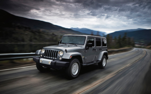 2014 Jeep Wrangler Unlimited vs Toyota 4Runner TRD Pro