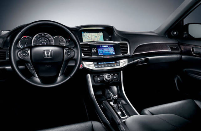 2015 Honda Accord vs Toyota Camry honda interior