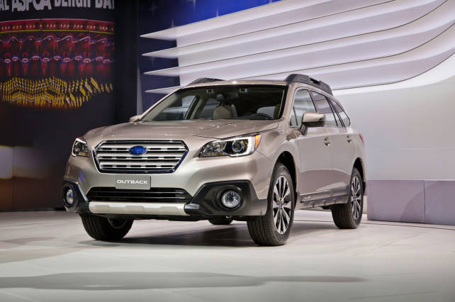 2015 Subaru Outback front side