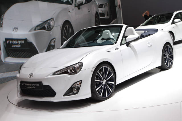 2016 Toyota Supra Convertible Front Side