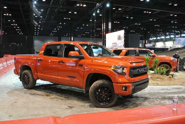 2015 Toyota Tundra TRD front