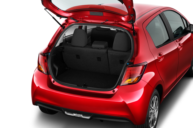 toyota-yaris-2017-trunk