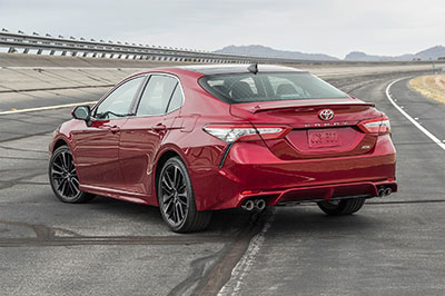 2018-Toyota-Camry-back
