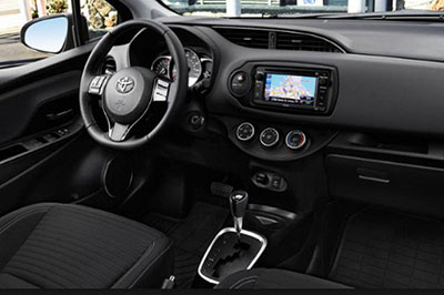 2018-Toyota-Matrix-interior